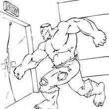 Hulk forçando a saíida