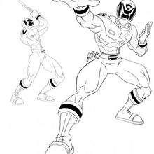 Power Ranger lutando comtra o mal