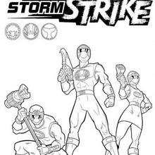 Três Power Rangers armados