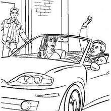 Peter Parker no seu carro