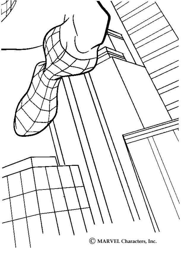 Homem-Aranha saltando pelos edifícios da cidade
