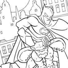 Batman com o Gárgula Cinzento