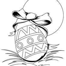 Desenho de um ovo de Páscoa para colorir online