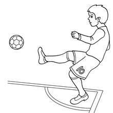 Desenho de um jogador de futebol no escanteio para colorir