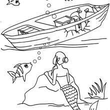 Desenho de uma sereia explorando um barco afundado para colorir