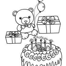 Desenho de um bolo de aniversário com um ursinho para colorir