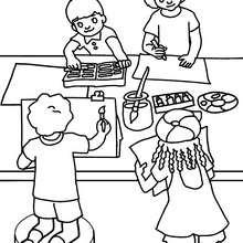 Desenho de uma aula de desenho para colorir