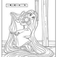 Desenho da RAPUNZEL penteando seus cabelos para colorir