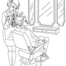 Desenho de uma  cabeleireira cortando cabelo para colorir