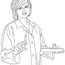 Desenho de uma enfermeira preparando os remédios para colorir