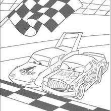 Carros: uma corrida entre o Chick Hicks e o Rei