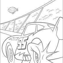 Cars: McQueen entrando no circuito