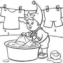 Noddy lavando roupa, para colorir