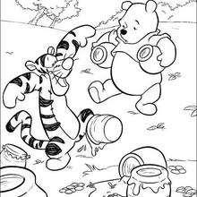O Urso Puff com o Tigrão e um pote de mel