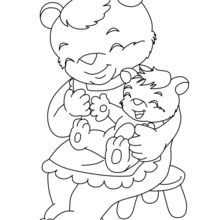 Urso mãe e seu bebê