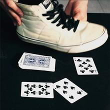 Revelar um card em seu sapato