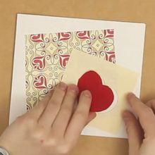 Cartão de abertura em forma de coração