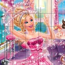 Victoria em Barbie A Princesa e a Popstar