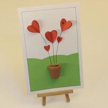 Cartão nos corações de alívio