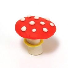 Cogumelos em argila