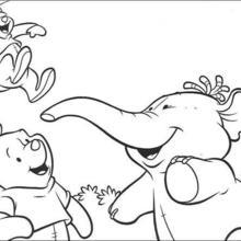 O Ursinho se divertindo com seus amigos